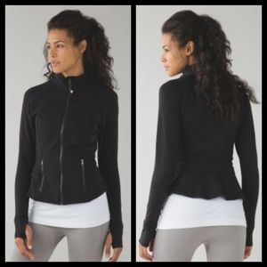 Lululemon Hustle in your Bustle Jacket SZ 8